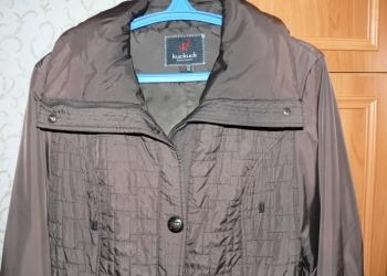 Куртка приталенная с капюшоном в очень хорошем состоянии, р-р 50-52