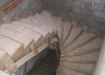 Продаётся коттедж с участком 15 соток под внутреннюю отделку в пригороде Минска