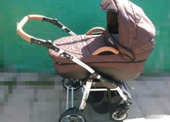 Детская коляска Carina.