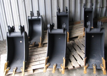 Ковш на экскаватор-погрузчик шириной 460, 610, 760 мм