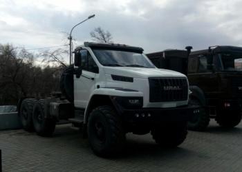 Седельный тягач Урал 44202-5351-74Г38 NEXT