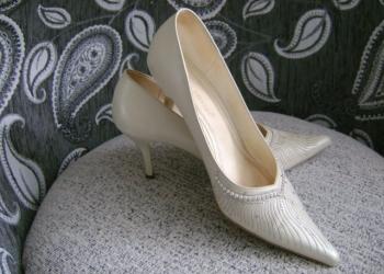 Обувь жен.,р.38,новая и б/у-привезу.