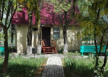 Предлагается к продаже круглогодичная база отдыха на земельном участке 1,5 га.