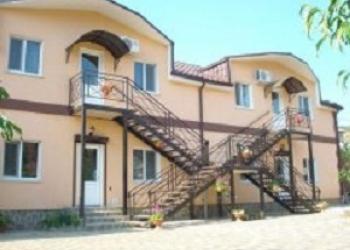 """Гостевой дом """" Капитан"""" приглашает Вас на летний отдых в Крым."""