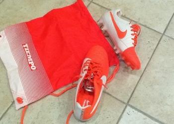 Продам новые бутсы Nike Tiempo, размер 41/5, размер по стельке 27 см, US9, класс