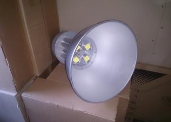 Светильник типа колокол 150 Вт