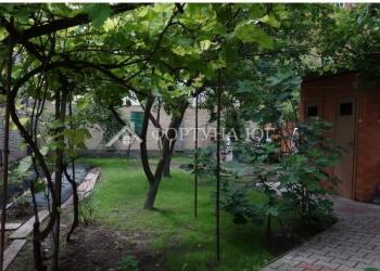 Продается половина дома в Анапе. Участок 5 соток. Общая площадь дома - 62,5 кв.