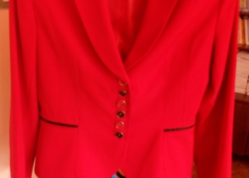Продам красивый летний женский пиджак