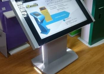 Информационный терминал- сенсорный стол