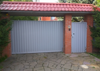 Откатные (сдвижные) ворота - Отличное решение для экономии пространства придомов
