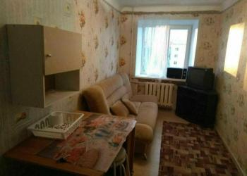 Продам изолированную комнату в шестикомнатной квартире коммунальной, общежитии