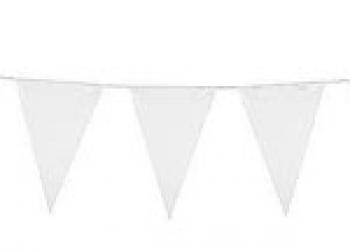 Флажная лента из белых флажков