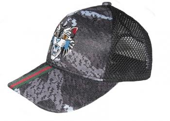 Распродажа брендовых кепок