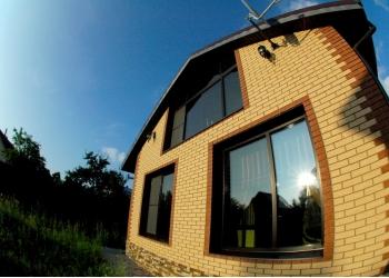 Срочно продается кирпичный  2-этажный дом с мебелью. 20 км от МКАД