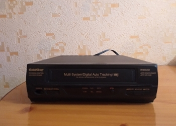 Видеомагнитофон GoldStar RN800AW кассетный
