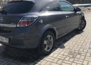 Opel Astra GTC, 2010