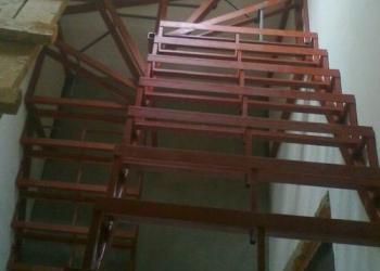 Лестница металлическая - 2 марша и забежные ступени