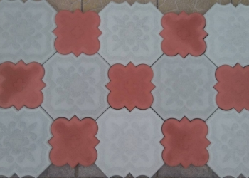 Тротуарная плитка, бордюры, водостоки
