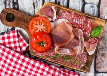 Купим бракованные мясные деликатесы