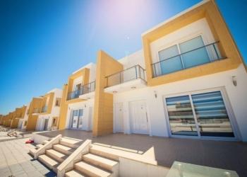Продается трехкомнатный таунхаус  на Северном Кипре