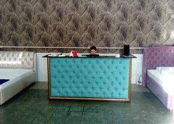 Продам салон кроватей и матрасов в центре города.