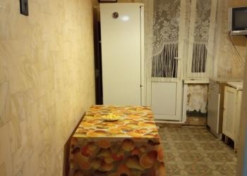 2-к квартира, 54 м2, 3 эт. дом