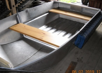 Лёгкая разборная дюралевая лодка под мотор 5-10 лс