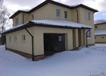Продаю коттедж площадью 233 кв.м с земельным участком 10 соток