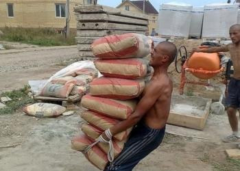 Предлогаем услуги грузчиков Подъём строительных материалов в Омске+7(950)3332525