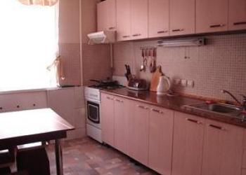 2-комнатная квартира на ул.Германа Лопатина
