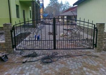 Современные распашные ворота под заказ в Краснодаре! Изготовление, монтаж!