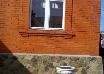 Демонтированные окна без основной рамы в отдельности