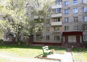 Продаю нежилое помещение 55 кв.м. на 1 линии в центре города.