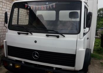 Mercedes-Benz 809