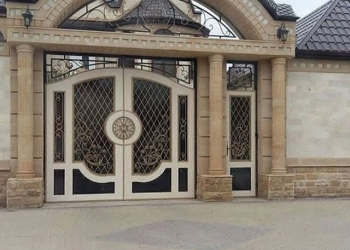 Ворота двери перила