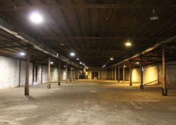 Сдаю склад  1227,50 м2, 1-й этаж, Отопление центральное.