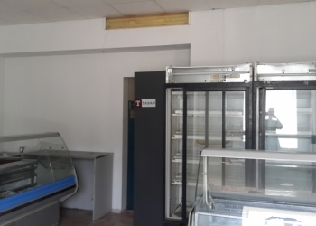 Продам охлождаемые витрины