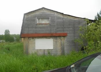 Продаю участок с домом и баней.