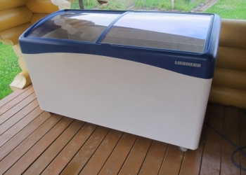 Liebherr 500 Морозильный ларь с изогнутыми стеклами