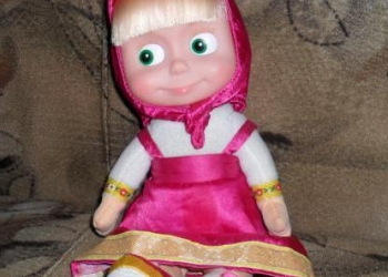 Кукла Маша разговаривает, поет, танцует