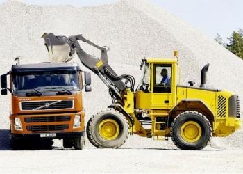 Щебень, песок, отсев, супесь, глина, грунт, пгс с доставкой в Новосибирске.