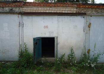 Продам неохраняемый железобетонный гараж 18 м²