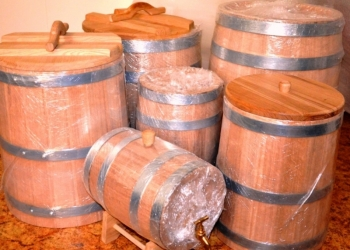Деревянные бочки для спиртного и соления купить