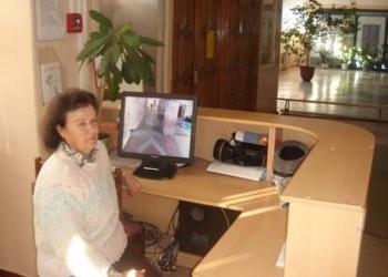 сотрудник  в офис для работы на пропускной системе