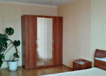 Сдаю в аренду 2-х комнатную квартиру площадью 95 кв. м, в новом доме