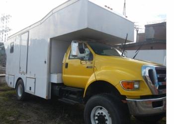 Продается грузовой фургон Ford F 650