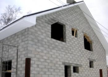 Арболитовые блоки - самый востребованный материал.