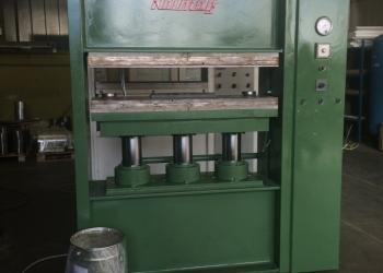Прессовая машина Kolmag  Т-200      ревиз.: TRABATTONI STAMPI  ITALIA