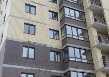 Продаю 1-комн. кв., новый элитный кирпичный дом центр города ул. Оборонная, д30