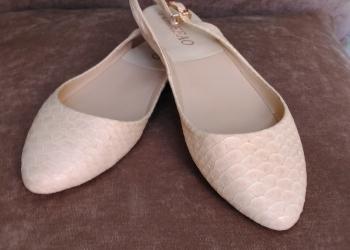 Свадебные/вечерние туфли+ в подарок босаножки